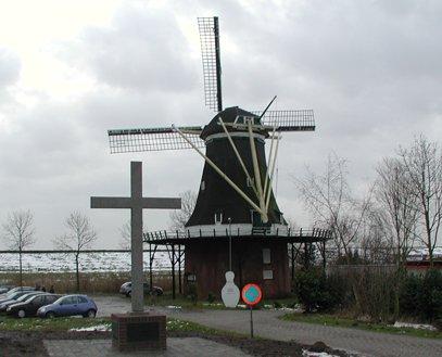 kruis bij de molen