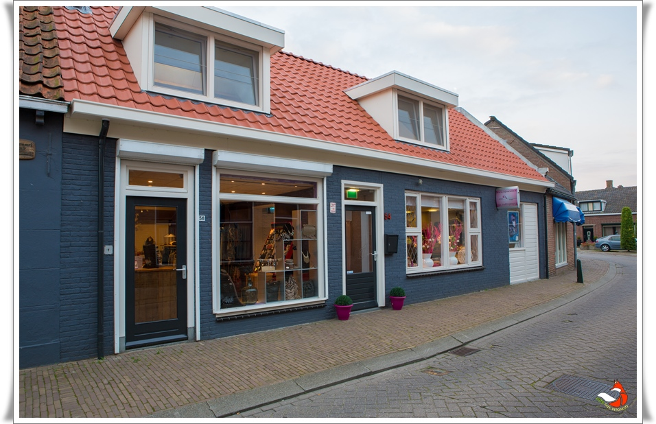 Bij Marieke de kapster Nieuw-Vossemeer